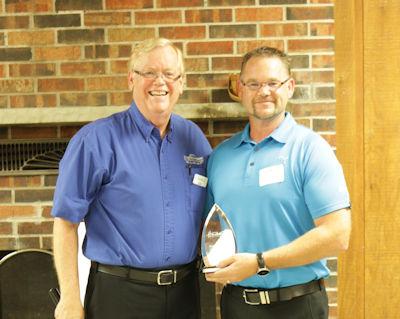 Hudsonville Area Leadership Award 2017 - Roger Betten